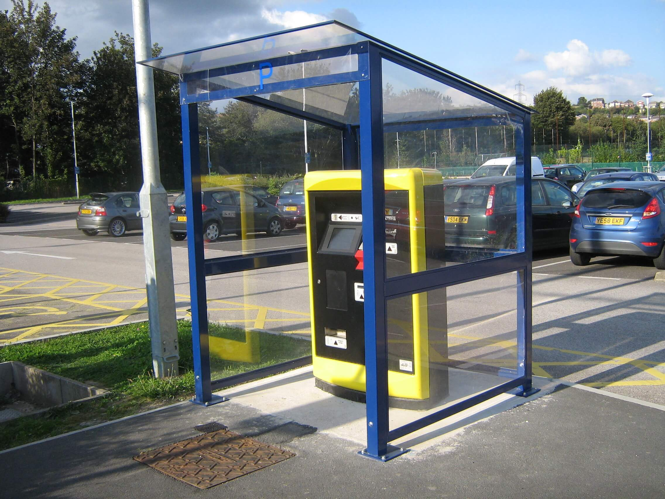 Mono Pitch Ticket Machine Shelter